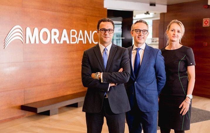 Gestors de MoraBanc, els més rendibles d'Europa a 5 anys en la categoria de fons alternatius de divises