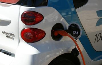 Un pla per engegar el vehicle elèctric