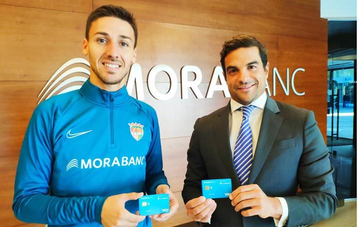 Martí Riverola presenta la nova targeta FC Andorra de MoraBanc